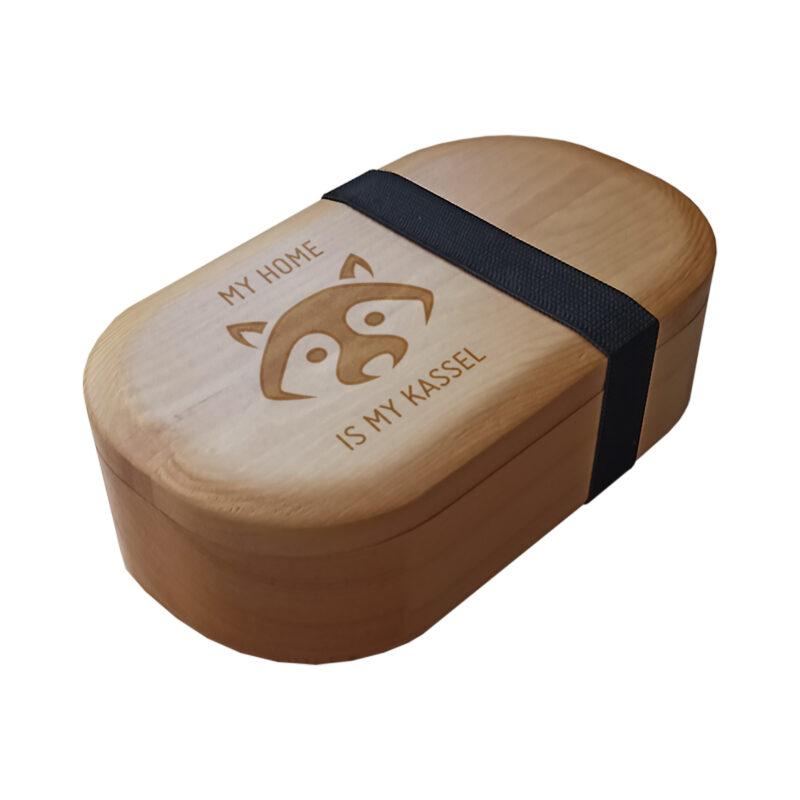 Holz-Brotdose-Waschbär-my-home-is-my-kassel-schraeg.jpg